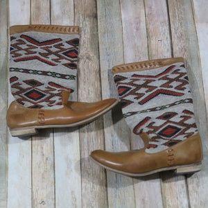Wanted Nava Boots Aztec Southwestern Textile